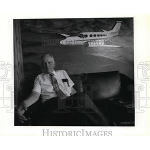 1989 Press Photo Student pilot Bob Dyche, a retired Central Valley High teacher