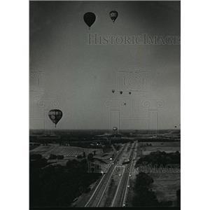 1988 Press Photo 13th Annual Great Wisconsin Dells Balloon Rally - mja02409