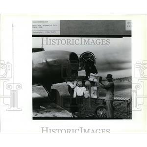 1989 Press Photo Adair Shop shipment at Felts Field - spa22649