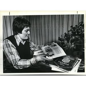 1981 Press Photo Karen Roach - ora76955