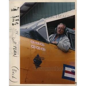 1988 Press Photo W.I. Mehrer Owner WWII Advanced Trainer Rose Festival Air Show