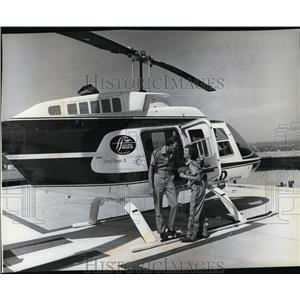 1981 Press Photo Airplane Helicopters Al Beach and Sandra O'Hearn - spa22935