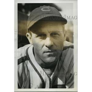 1938 Press Photo Carl N. Reynolds, Chicago Cubs Outfielder - cvb75257