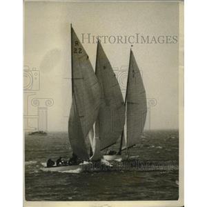 1926 Press Photo Three yachts almost collide during Pacific Coast Regatta in CA