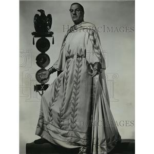 "1954 Press Photo Louis Calhern, as the famous Roman emperor in ""Julius Ceasar"""