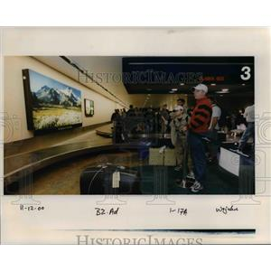 2000 Press Photo Portland International Airport - orb37396