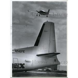 1992 Press Photo A private plane takes off from the Coeur d'Alene Airport