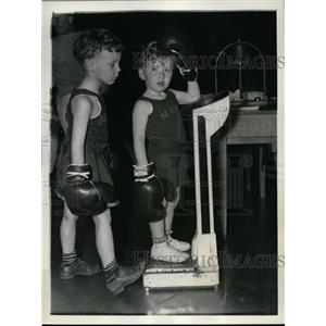 1938 Press Photo Melvin Peterson, Art Spring Jr child boxers at Annapolis MD