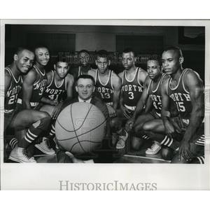 1965 Press Photo North Division high school team won conference basketball title