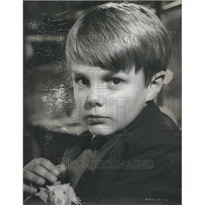 1963 Press Photo Clive Powell Actor - RRR47145