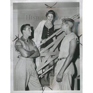 1956 Press Photo Ronnie Burns
