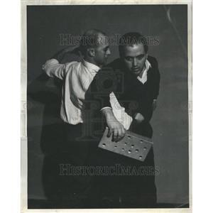1960 Press Photo Martial Arts exhibition. - RRR48789