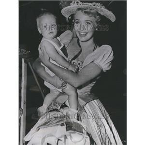 1954 Press Photo Jane Powell with son