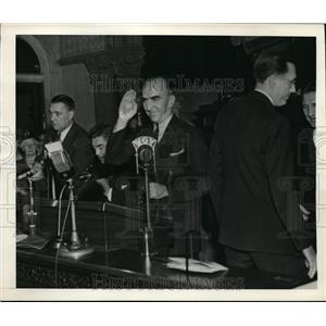 1942 Press Photo Capt.Edward V. Rickenbacker introduced to New York Legislature