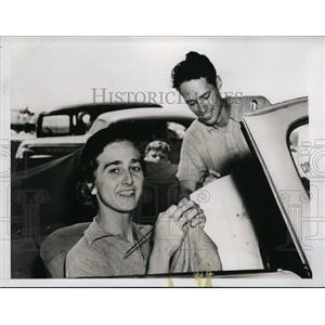 1937 Press Photo Mrs. Lewin B Barringer women pilot entered in Air Contest