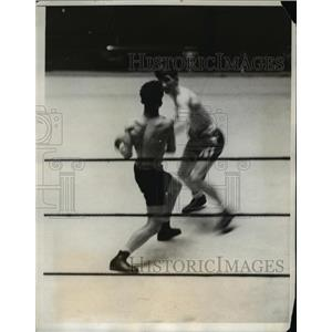 1931 Press Photo Joseph Boldin vs John Franks at National AAU boxing - net20039