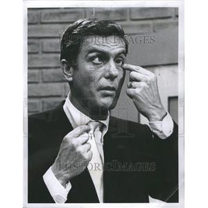 1967 Press Photo Dick Van Dushe actor Wedtupg Early clo