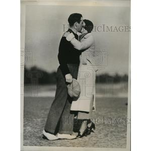 1935 Press Photo Richard Chapman and wife after he won Pinehurst golf tournament