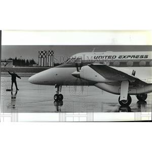 1988 Press Photo United Express first arrival in Spokane from Portland