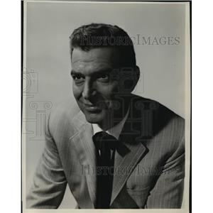 1955 Press Photo Stephen McNally on Schlitz Playhouse of Stars, on CBS.