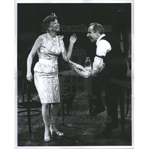 1963 Press Photo Helen Backlin Hume Cronyn Actors Play
