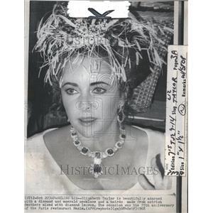 1968 Press Photo Liz Taylor 75th Annv of Maxim in Paris