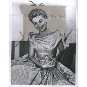 1957 Press Photo Mitzi Gaynor Actress - RRR72499