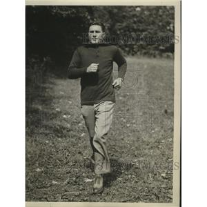 1929 Press Photo Tommy Loughran training for bout with Jack Sharkey - nes52761