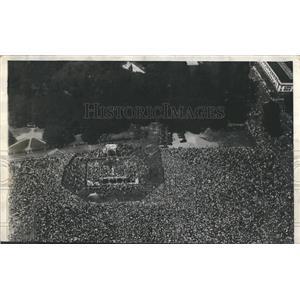 1927 Press Photo Loud Speaker Radio Event