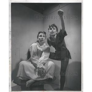 1957 Press Photo Betty McNamara  Jo Wilder Actress
