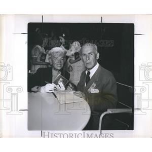 1951 Press Photo Penny Singleton and Jimmy Gleason - RRR19855