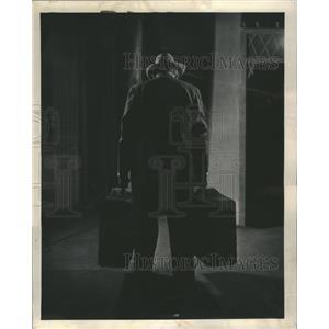 1950 Press Photo Mitchell Loman Death of Salesman - RRR59101