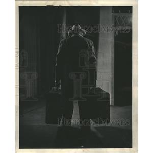 1950 Press Photo Mitchell Loman Death of Salesman