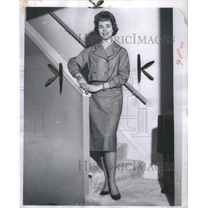1959 Press Photo Mrs. Peter Fink