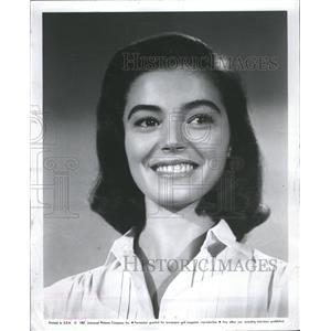 1958 Press Photo Play Part Twin Famous Role Sister Pier - RRR68631
