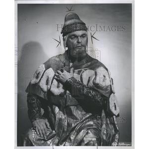 """1960 Press Photo Anselmo Colzani in """"Simon Boccanagra"""" - RRR78041"""