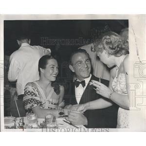 1956 Press Photo British Actor Henry Wilcoxen