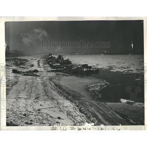 1933 Press Photo Mississippi River Sub-zero Temperature