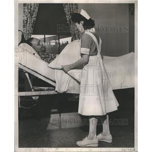 1946 Press Photo Hospital Sense Institution Health Care