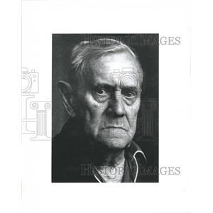 1992 Press Photo 1973 Nobel Prize winner Patrick White