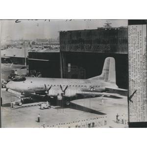 1945 Press Photo U.S. Army Cargo Ship Douglas C-74