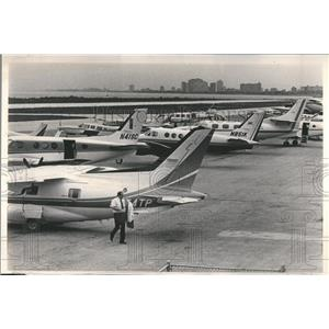 1980 Press Photo Meigs Field Crowded Stacked Planes - RRR90345