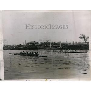 1935 Press Photo Ara River crew race for Nippon vs U of Commerce - nes36206