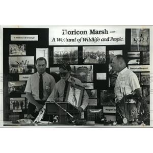 1991 Press Photo Horicon Marsh Wisconsin Ceremony - mja40062