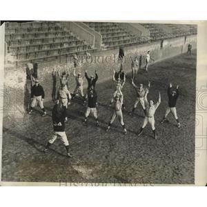 1928 Press Photo University of Pennsylvania Baseball Candidates Warm up