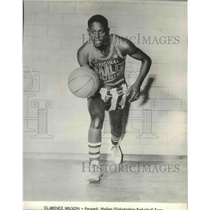 1964 Press Photo Clarence Wilson, Forward Harlem Globetrotters Basketball