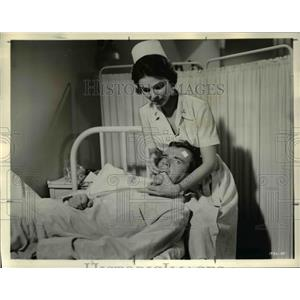 1962 Press Photo Paula Prentiss and Jim Hutton in The Horizontal Lieutenant