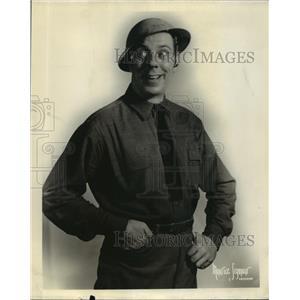 1932 Press Photo Danish American Comedian Karl Dane in Slim - nef55134