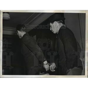 1942 Press Photo New York Rudolf Keller & Hermann Stahlder arrested NYC