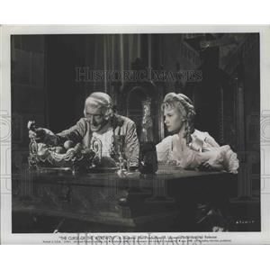 1961 Press Photo The Curse of the Werewolf stars Clifford Evans Yvonne Romain